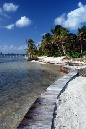 La Perla Del Caribe: La Perla boardwal