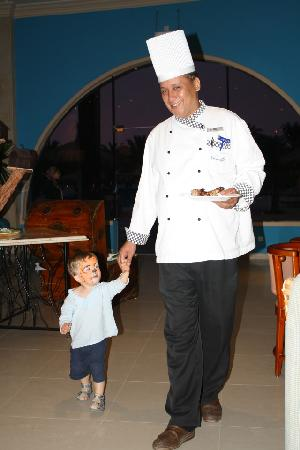 Nuweiba Coral Resort: even the big chef took care of our boy