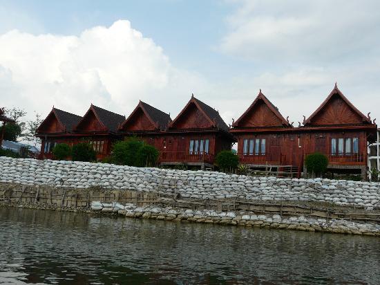 Vansana Vang Vieng Hotel: The wooden Chalet