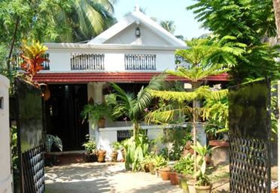 Heavenly Home Stay: old house