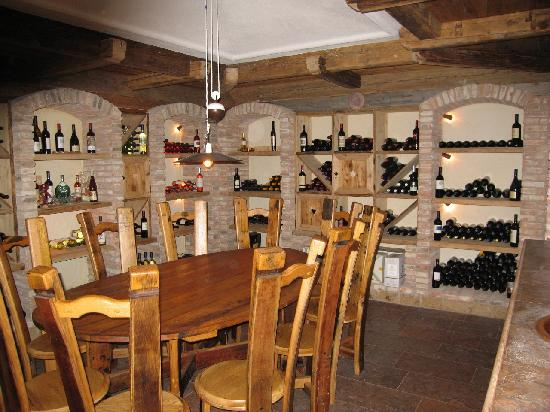 Maranza, Italien: Tratterhof - Wine Cellar