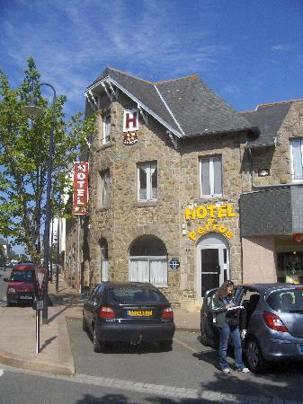Inter-Hotel De Perros: L'hotel