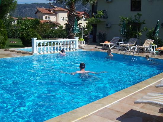 Asena Motel: Me and The Wee Man Having a Dip