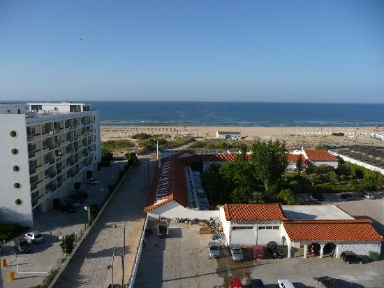 Yellow Praia Monte Gordo : view from balcony