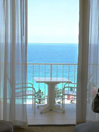 Elbow Beach, Bermuda: balcony