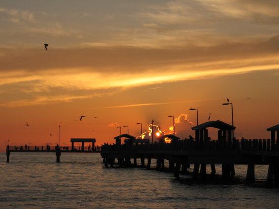 Tierra Verde, Флорида: Potter Pier Ft. Desoto