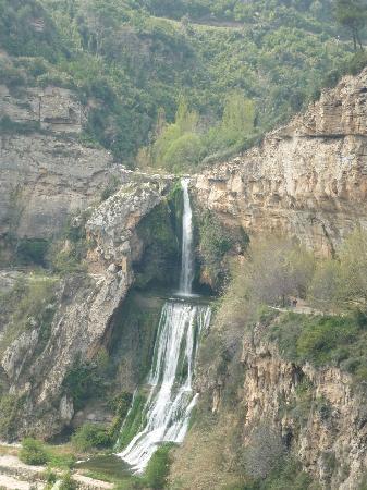 Bigues i Riells, España: Cascada