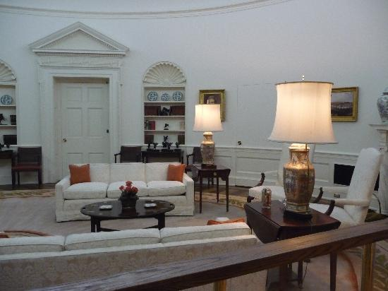 reagan oval office. Ronald Reagan Presidential Library And Museum: Oval Office