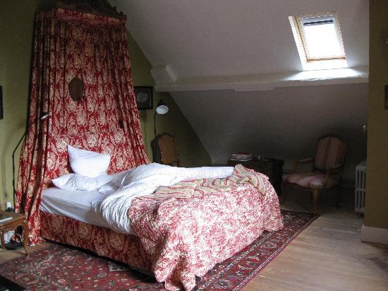 Chateau de Vaulx: our room