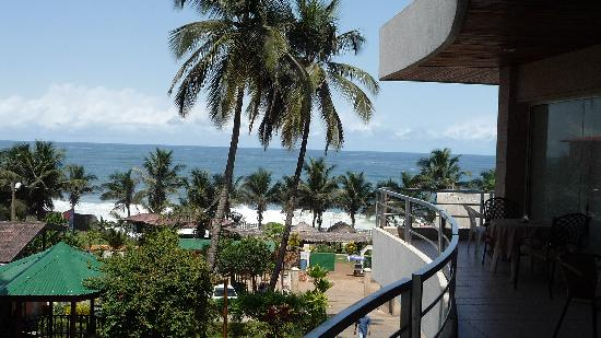 Mamba Point Hotel: Atlantic from the balcony restaurant