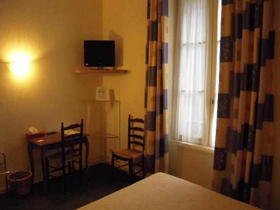 Hotel Montaigne: room 2