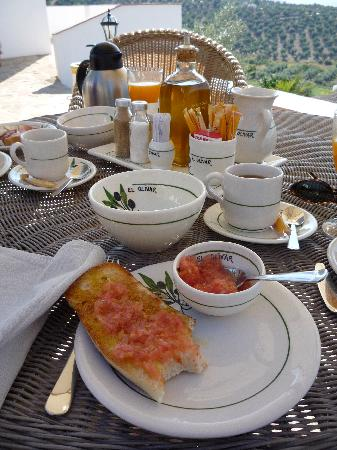 Casa Rural El Olivar: Great andalusian breakfast.
