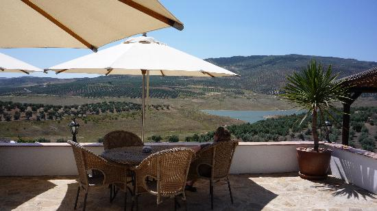 Casa Rural El Olivar: Wife taking in the view.