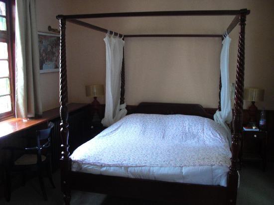 Hotel La Residence Manoir De La Salamandre : romantique
