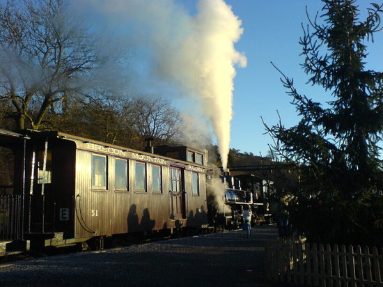 Merthyr Tydfil, UK: Letting off Steam