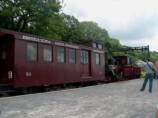 ‪‪Merthyr Tydfil‬, UK: The Engine and caboose‬