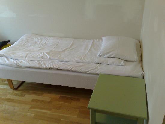 سكانديك ستار: Bed