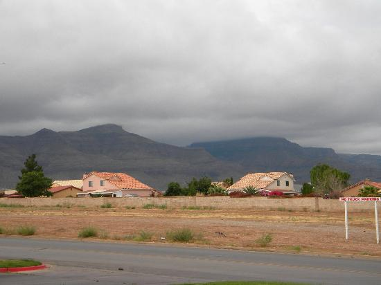 Motel 6 Alamogordo: View outside of the room