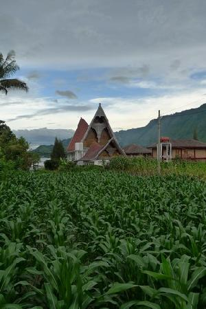 Lake Toba: Church can be found anywhere on Samosir