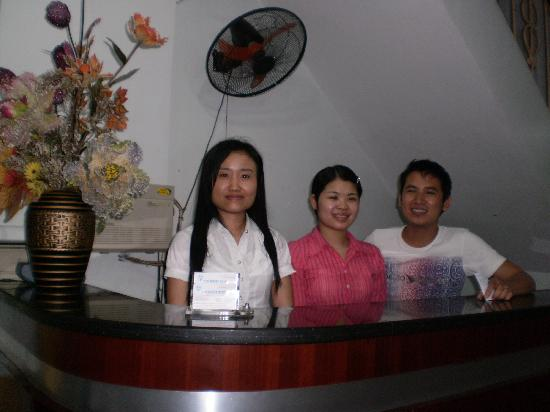 Old Street Hotel: Hotel staff which are friendly and nice