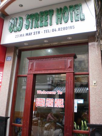 Old Street Hotel: outside of the hotel