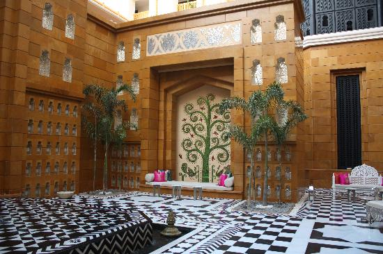 The Leela Palace Udaipur: open to sky courtyard