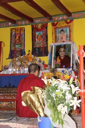 La Casa del Tibet : in preghiera