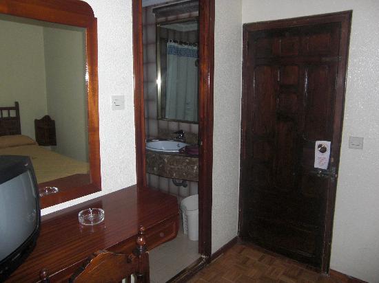 Hotel Francisco I: la entrata a la habitación