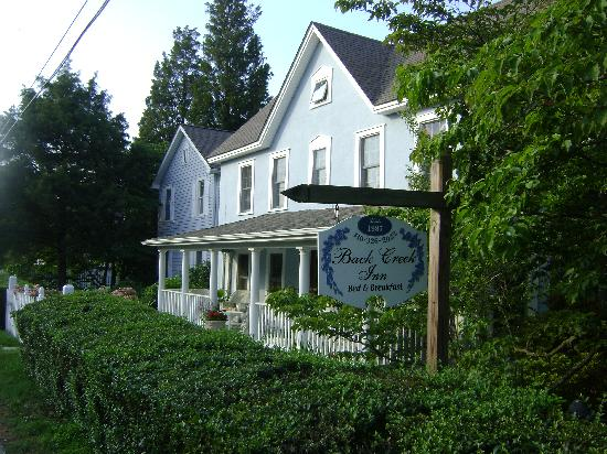 Back Creek Inn: a view of the inn