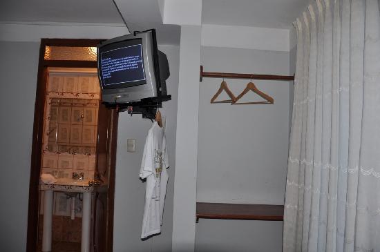 Santuario Hotel: Tv