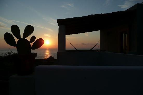 La Locanda del Postino: L'Hotel al tramonto