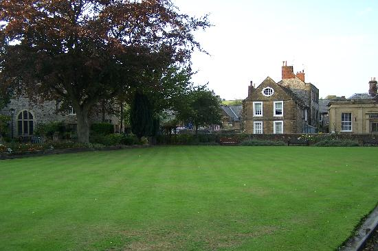 West Lawn: On the Green in Bakewell