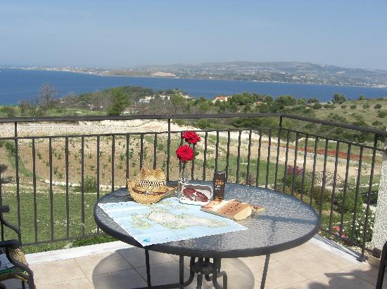 Dionysos Village Resort : balcony
