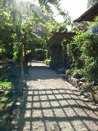 Tassajara Zen Mountain Center: The Path along the main walk