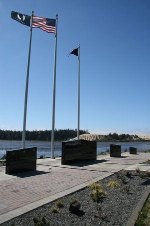 David Dewett Veterans Memorial