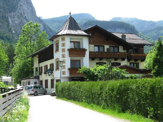 Gasthof Hirlatz: Hirlatz Guesthouse