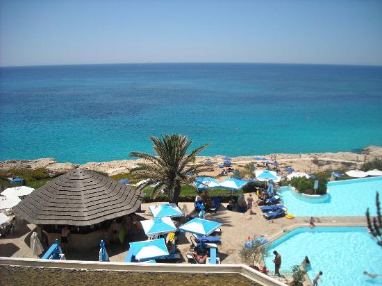 Atlantica Club Sungarden Hotel: view from balcony upstairs bar sitting area