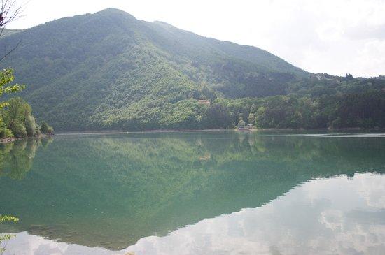 Εμίλια-Ρομάνια, Ιταλία: Lago di Suviana