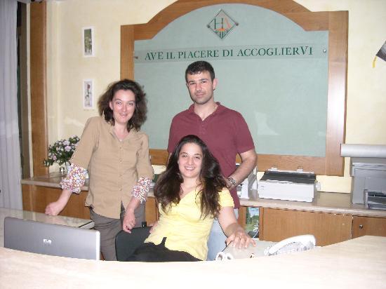 Hotel AVE: Lo staff
