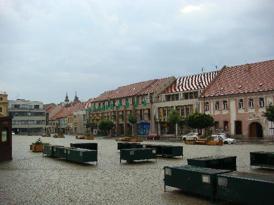 Trebic, Republika Czeska: Hotel and the main square