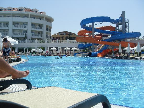 Alba Queen Hotel: Pool & waterslides