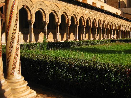 Duomo di Monreale: Il Chiostro di Monreale