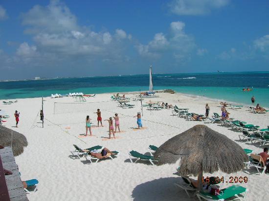 Playa Del Riu Caribe Picture Of Hotel Riu Caribe Cancun Tripadvisor