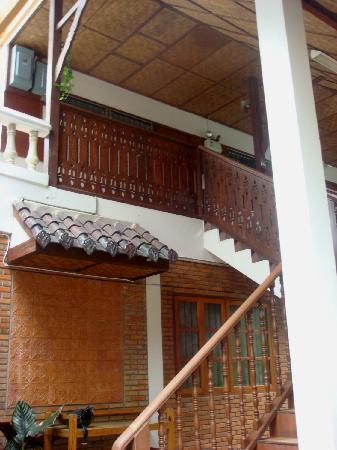 Galare Guest House: Lanna style wooden architecture