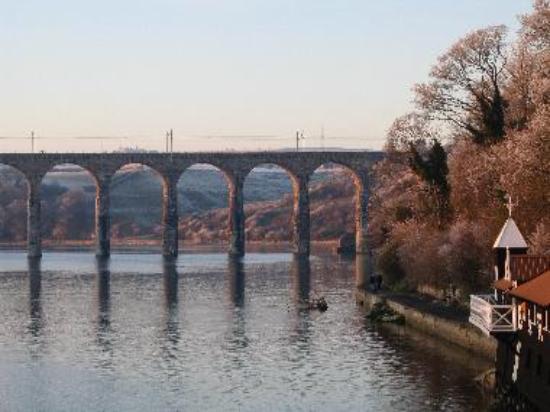 The Berwick Amateur Rowing Club by the Stephenson Royal Border Bridge