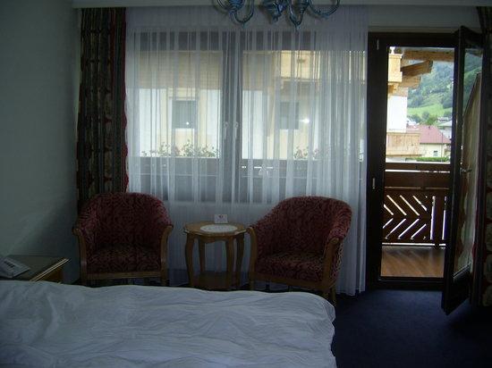 Hotel Tauernhof: nice room