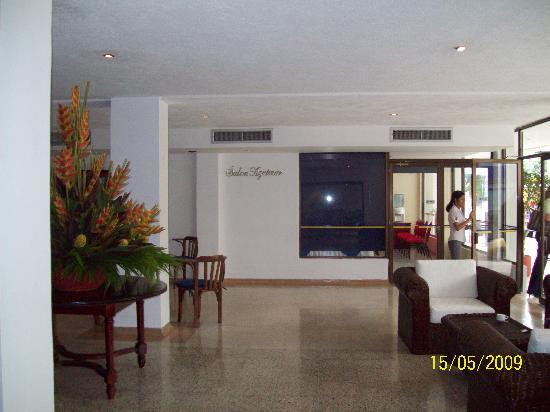 Hotel Arhuaco: Sala de espera