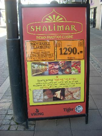 A sign outside Shalimar advertises their lunch buffet for only 1290 Kroner.