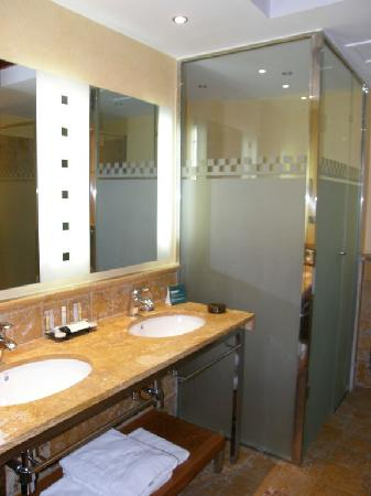 Vincci Hotel Envia Almeria Wellness & Golf: Baño 2