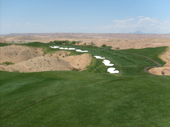 Mesquite, NV : One of the better maintained holes.